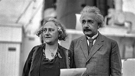 albert einstein biography family related keywords suggestions for einstein family