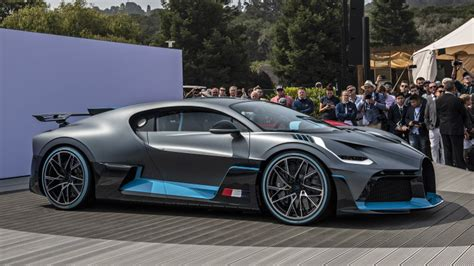 Bugatti Divo is 'for the bends,' while the Chiron is for