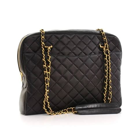 chanel vintage quilted black lambskin leather gold chain