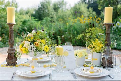 Tischdeko Sommerhochzeit by Moments Endless Ein Zitronengelbes Styled