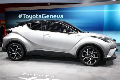 toyota new c hr toyota wants to boost hybrid sales with new c hr crossover