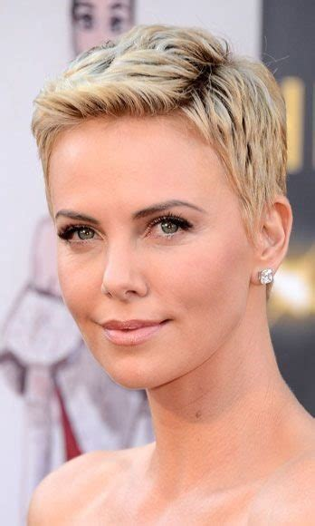 hairstyle for egg shaped head hairstyles for an oval face shape bblunt