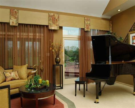 Fenster Dekorieren Mit Gardinen 3970 by Fensterdekoration 23 Ideen Die Ihre Wahl Erleichtern Werden