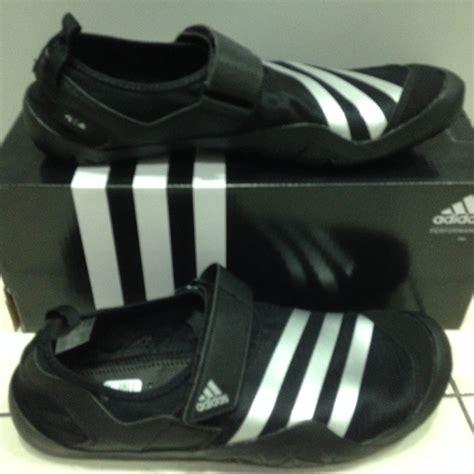 Sepatu Adidas Outdoor Jawpaw jual adidas jawpaw climacool cf hitam size 44 5 sepatu