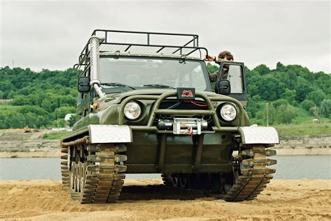 uaz hunter uaz hunter picture 6 reviews news specs buy car