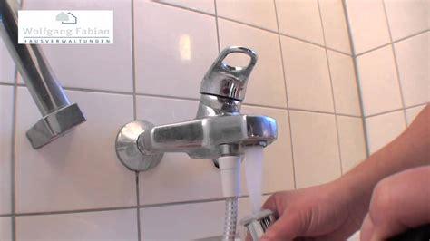 badewannen abfluss reinigen 15 siphon reinigen