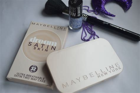 Maybelline Two Way Cake ridzi makeup maybelline satin two way cake foundation review