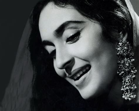 biography film actress nutan hindi actress photo images hot stills naval names hot