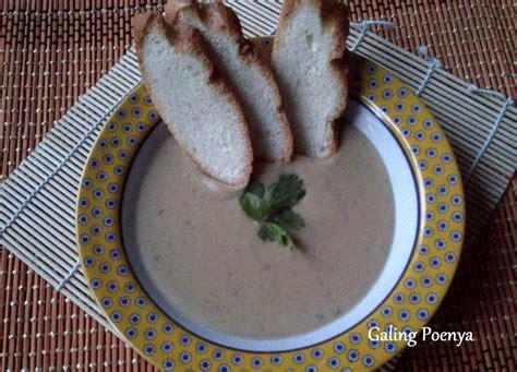 nikmatnya menyantap soup kacang lentil selagi hangat