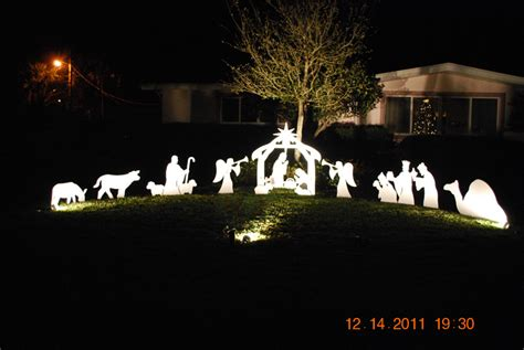 image gallery outdoor nativity scene