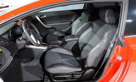 Kia Forte Koup 2010 Interior Car And Driver