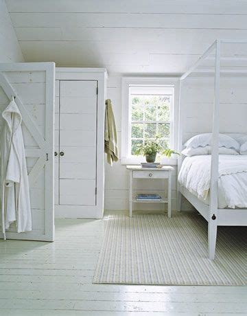 white wood floor bedroom 25 best ideas about painted wood floors on pinterest