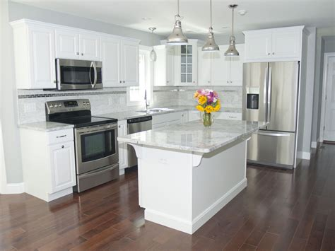 white kitchen cabinets with stainless appliances gorgeous modern kitchen with white cabinets stainless