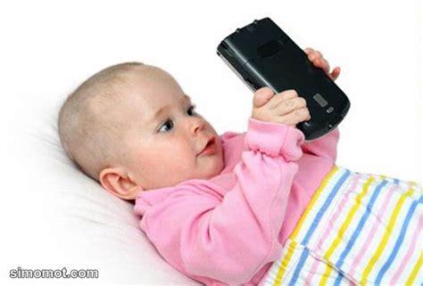 membuat anak lancar bicara penelitian terbaru smartphone membuat anak di bawah 3