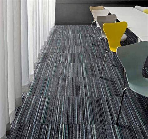 foto alfombra modular de grupo decorama  habitissimo