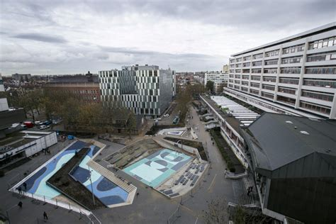 full scale water square opens  rotterdam