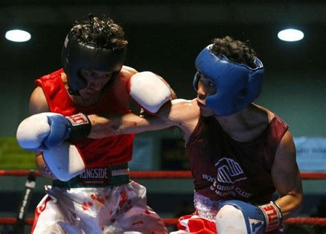 fort worth pound saginaw sophomore wins handily to reach gloves finals the telegram the