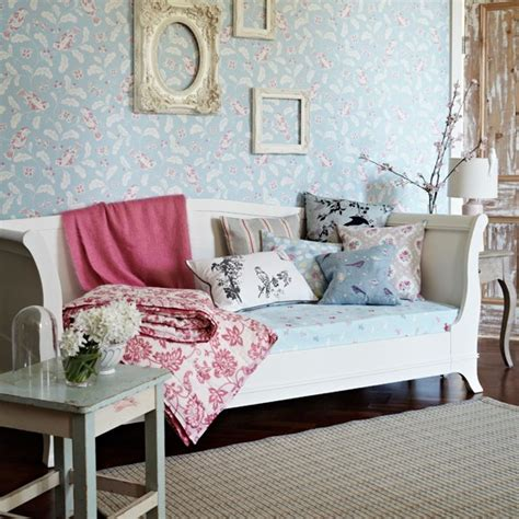 daybed in living room blue and pink living room with daybed housetohome co uk