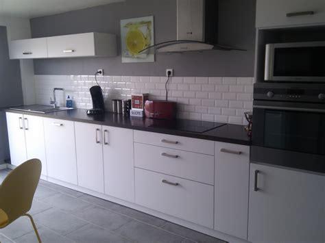 cuisine et grise d 233 co cuisine en gris et blanc