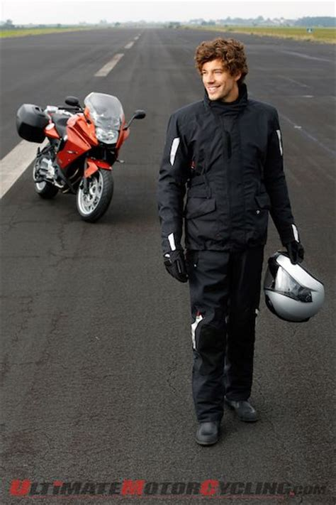 bmw motorrad streetguard  season jacketpant released