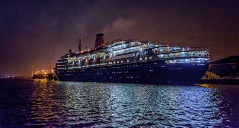 boat cruise nyc night itinerary pirate radio beat boat cruise
