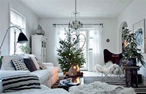 Natural Christmas Table Centerpieces - scandinavian christmas decorating ideas ideas for interior