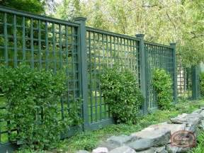 Trellis As A Fence 1000 Ideas About Lattice Fence Panels On