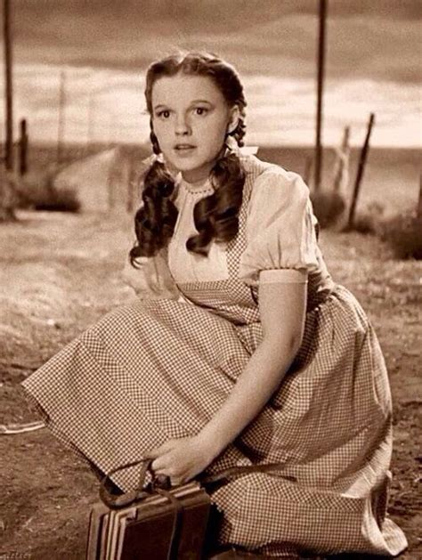 judy garland as dorothy wizard of oz the wizard wizard of oz and wizards on pinterest