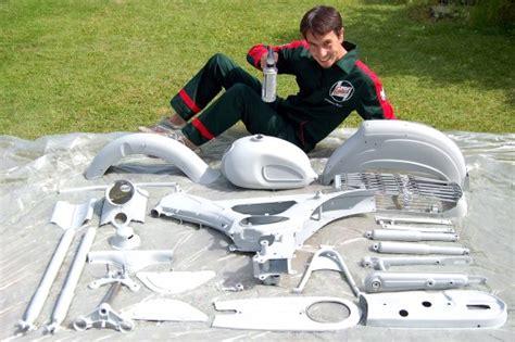 Motor Lackieren Grundierung Motorrad by Schrauberei Italorider De