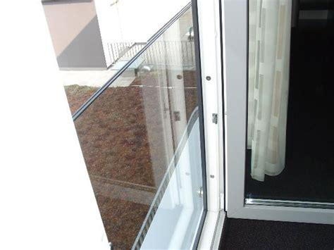 Französischer Balkon Vorschriften by Franz 246 Sischer Balkon Aus Glas Und Nur Aus Glas
