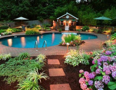 Amenager Un Jardin by Conseils Pour Am 233 Nager Un Jardin Avec Piscine