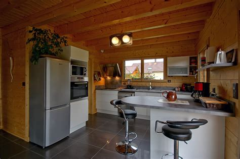 cuisine chalet moderne ophrey com cuisine moderne dans chalet pr 233 l 232 vement d