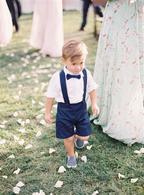 mom walks in on boy dressed as a girl funny as it gets adorable baby boy quot walks quot down the aisle to wait for mom