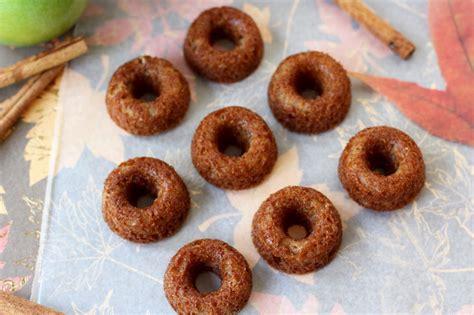 Crispy Toping Donat mini caramel apple crisp donuts