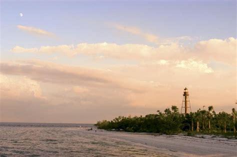 Sanibel Island Light by Sanibel Lighthouse Ft Myers And Sanibel Island