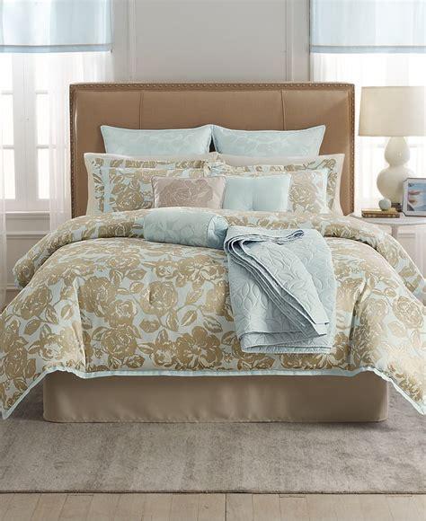 martha stewart bedding martha stewart collection madeleine rose 22 pc comforter