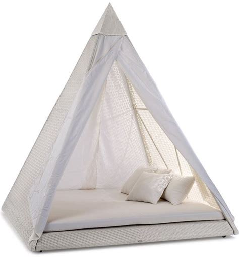 pyramid bed garden rattan pyramid bed home pinterest