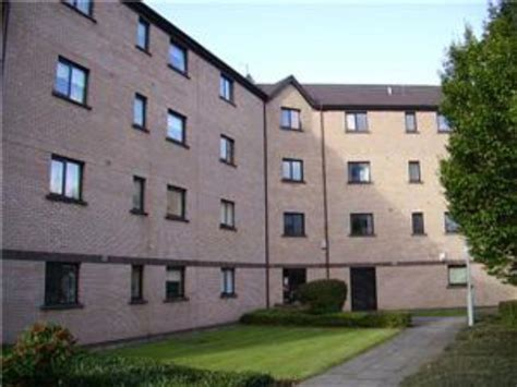 3 bedroom flats to rent in glasgow west end riverview drive glasgow 3 bedroom flat to rent g5