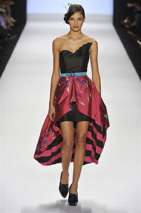 Golden Modeling In Project Runway Show At Fashion Week by Kenley Collins At New York Fashion Week 2009 Livingly