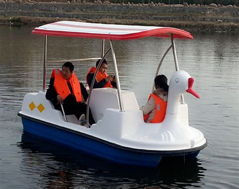 pedal boat usa 4 person paddle boats for sale with cheap prices