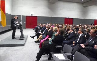 Mba Xvi Conference 2016 by Une Conf 233 Rence Sur Beno 238 T Xvi Au Bundestag