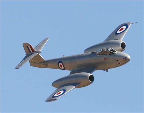 rolls royce jet gloster meteor aircraft jet pipe rolls royce derwent jet