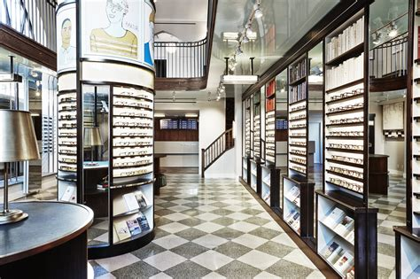 best sunglasses the best sunglass shops in nyc