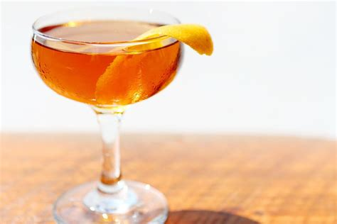 10 Tasty Mixed Drinks For Fall by 10 Delicious Fall Martinis Autumn Cocktails