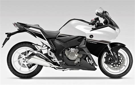 Honda Vfr 1200 by Honda Vfr 1200 F Dct 2017 Fiche Moto Motoplanete