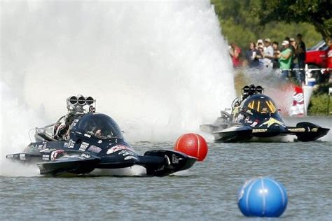 boat qualifications hydro boat races top fuel hydro drag boats race to the