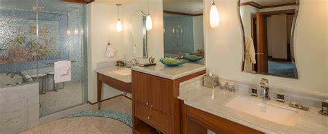 bath in bedroom hotel one bedroom deluxe suite aulani hawaii resort spa