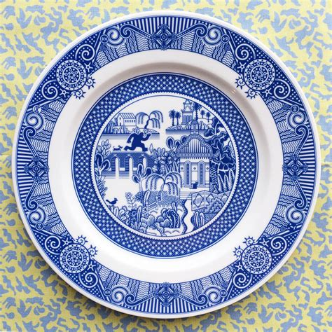 Porcelain Plate new of and disaster on traditional blue