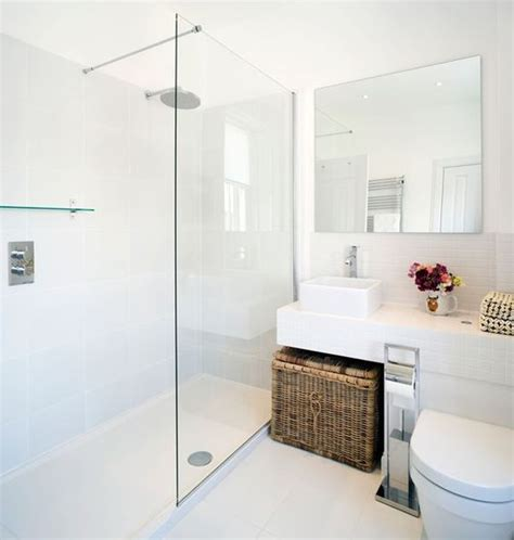 Simple White Bathrooms by White Bathrooms Can Be Interesting Fresh Design Ideas