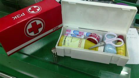 Kotak P3k Dan Isi nbs kotak p3k mini lazada indonesia